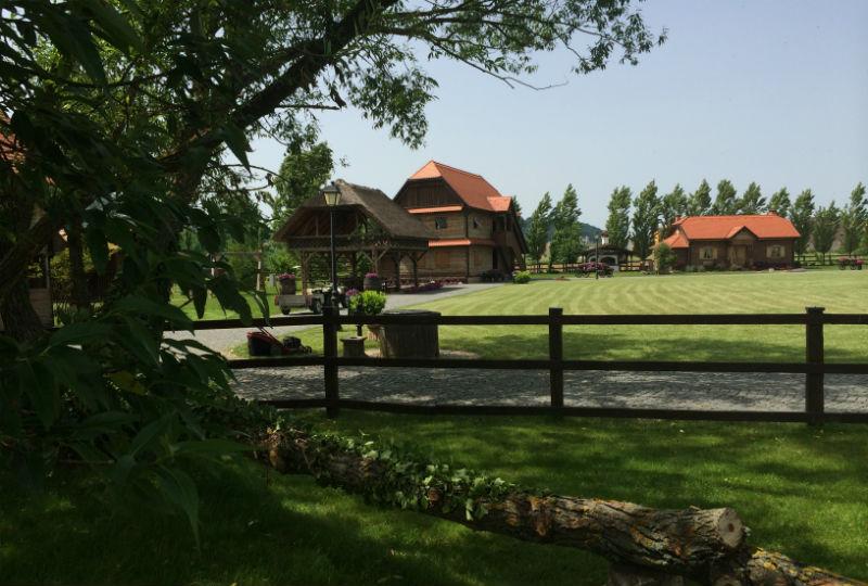 Etno farma Mirnovec
