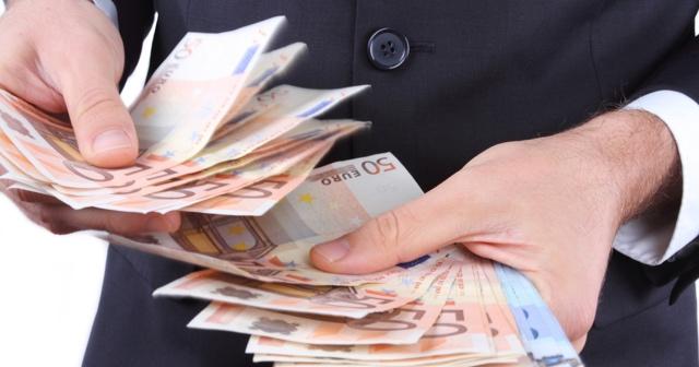 Iseljavanje ima i svoju drugu stranu: Hrvati iz inozemstva svojim obiteljima poslali su rekordnu količinu eura