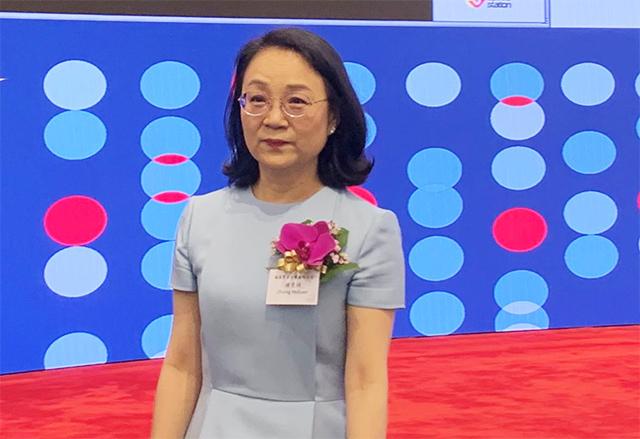 Nastavnica kemije dala otkaz u školi, okrenula se farmaceutskoj karijeri i zaradila milijarde - mogla bi postati i najbogatija žena u svoj branši