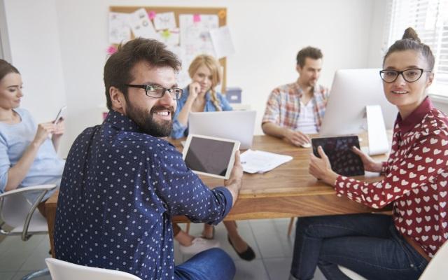 Kako zadržati mlade? Treba ih poticati da se više uključe u donošenje odluka i poduzetništvo