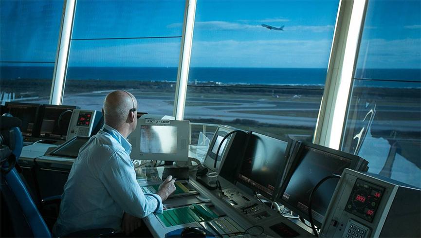 Ne smiju psovati i masno zarađuju: 11 stvari o kontrolorima leta koje ne znate