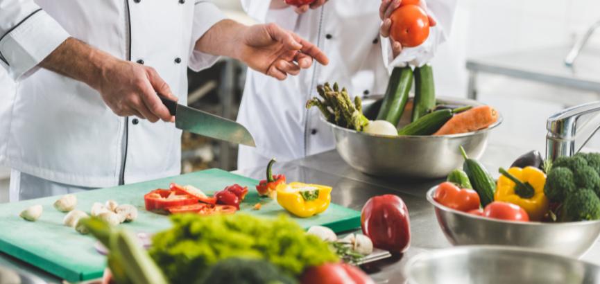 Unatoč velikim problemima, poznati kuhar isplatio 43 mil. kuna bonusa. Doduše, samo sebi