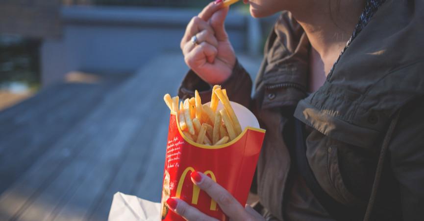 McDonald's uvodi papirnati pribor: 'Do 2025. imat ćemo isključivo recikliranju ambalažu'