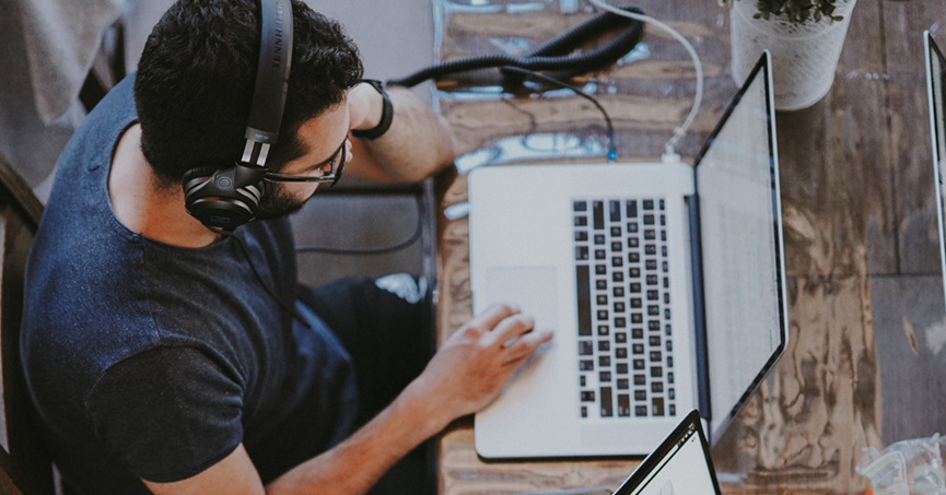 Kako koristiti glazbu za podizanje produktivnosti i kreativnosti