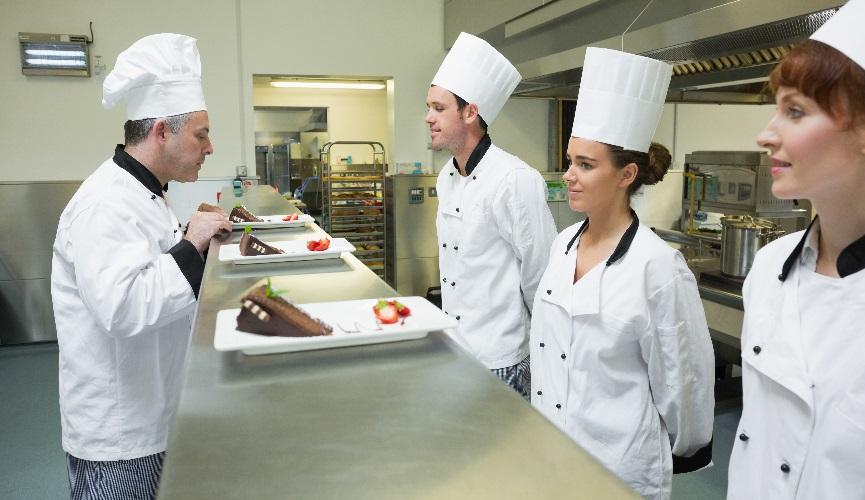 Nove poslovne prilike! Traži se konobarsko osoblje, kuhari/ce i recepcionari/ke