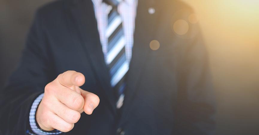 Država je natjerala više od 7500 svojih zaposlenika da krše zakon