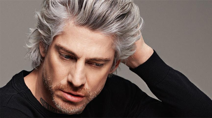 Znanstvenici su otkrili zašto od živciranja ranije posijedi kosa