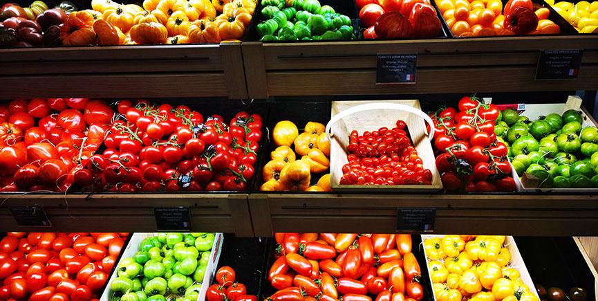 Dućani prepuni voća i povrća iz Italije i Španjolske. Što učiniti?