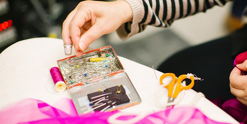 Udruga Kamensko uz donacije i šivanjem maski spašava pet radnih mjesta