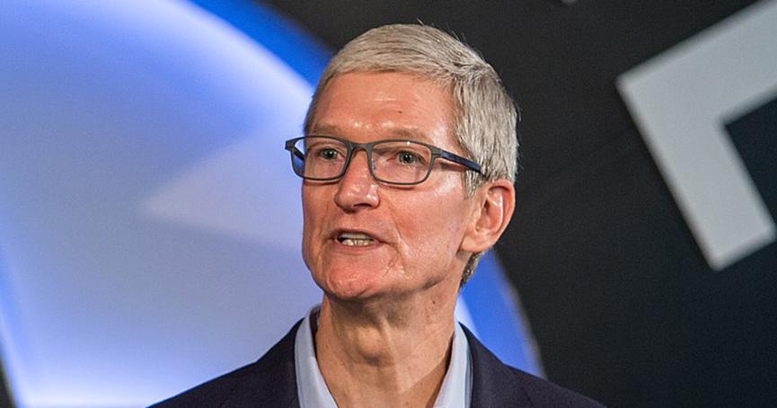 Tim Cook dobio ogroman bonus da ostane u Appleu još 5 godina