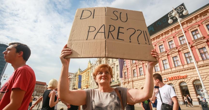 Više od pola Hrvata ne može platiti čak ni popravak perilice ili sahranu