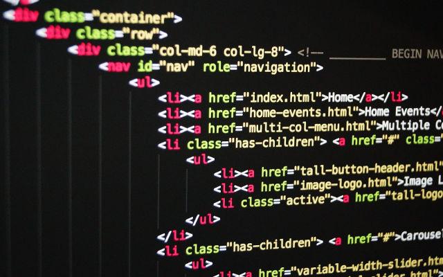 Koji programski jezik naučiti i više se nikada ne brinuti o pronalasku posla?