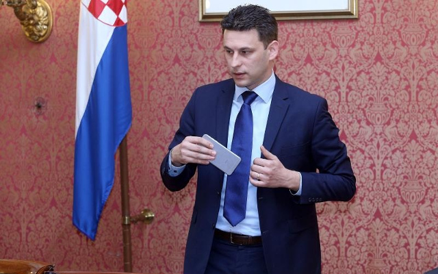 Radno mjesto šefa ureda Bože Petrova želi 191 kandidat