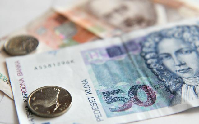 Hrvatske šume na plaće troše preko 900 milijuna kuna