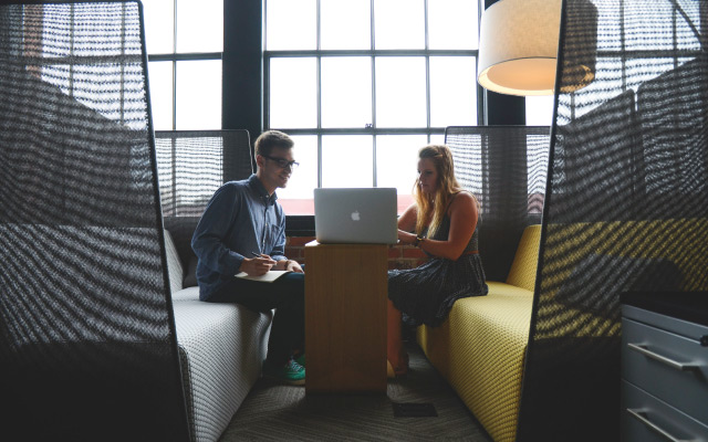 Navike koje trebate izbjegavati na radnome mjestu