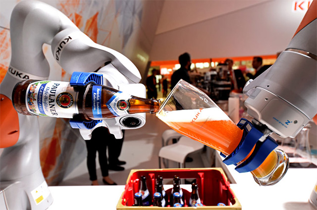 Milijune radnika uskoro će zamijeniti roboti - kaže šef Svjetske banke