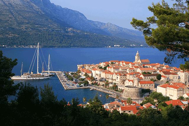 Ova mala općina u Hrvatskoj ima besplatni vrtić i udžbenike, daje tisuće kuna za svako novorođeno dijete, stipendije...