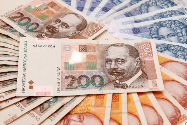 Zabilježen pad prosječnih plaća u studenom, najveće plaće u regiji imaju Slovenci
