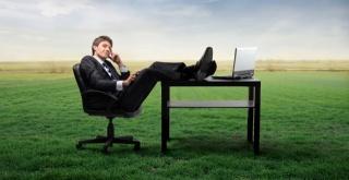 Znanstveno dokazano da su lijeni ljudi često pametniji, uspješniji i imaju bolje poslove