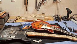 Samouki graditelj iz Samoboraskog Gorja radi gitare za poznate bendove