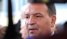 Ministar Beroš 'tvitao', građani oduševljeni: Vilija za premijera!