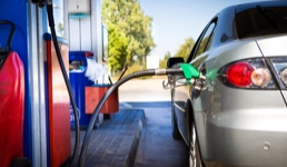 U Hrvatskoj poskupio benzin i to unatoč najnižoj cijeni nafte u povijesti
