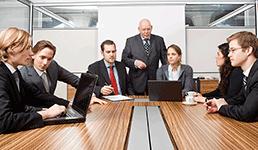 Šefovi se diče dobrom komunikacijom sa svojim zaposlenicima, ovi tvrde da nije baš tako