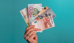 Je li Hrvatska ulaskom u EU preuzela obvezu da uvede euro u krizi?