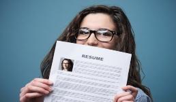 Poslodavci nude bonuse, stručne edukacije i rad od kuće! Aplicirajte
