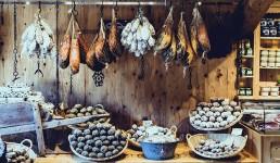 U Kinu stižu kulen, Dalmatinski i Drniški pršut, Lički krumpir, Dingač i Neretvanska mandarina