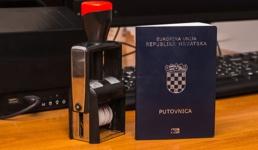 Ovo su najmoćnije putovnice na svijetu: Hrvatska zauzela visoko mjesto ispred SAD-a