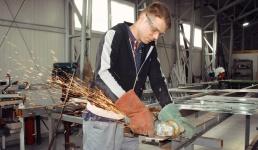 Državni zavod za statistiku: Broj zaposlenih u industriji pao na godišnjoj razini