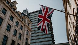 Velika Britanija zamrzava plaće javnom sektoru na 3 godine, a Hrvatska ih podiže