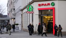 SPAR Hrvatska djelatnicima dijeli božićnice u vrijednosti do 1600 kuna