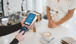 Online kupnja povećana više od trećine, najpopularnije je mobilno bankarstvo