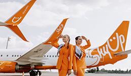 Zračni prijevoznik promijenio uniforme stjuardesa, više neće nositi suknje i štikle