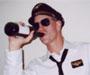 'Dragi putnici, let je otkazan jer se pilot napio'