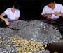 Kinez platio kaznu u kovanicama, brojanje palo na radnike u banci